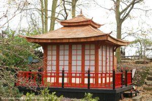 آلاچیق چوبی چهار ضعلی سفارشی با سقف چوبی