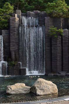 آبنما آبشاری